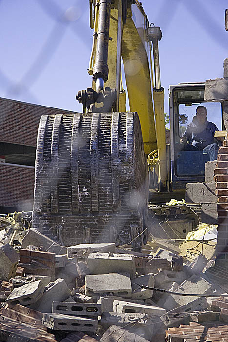 Oxford Wendy\'s Comes Down